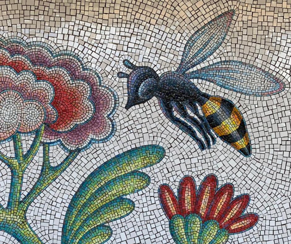 travisanutto mosaico ape