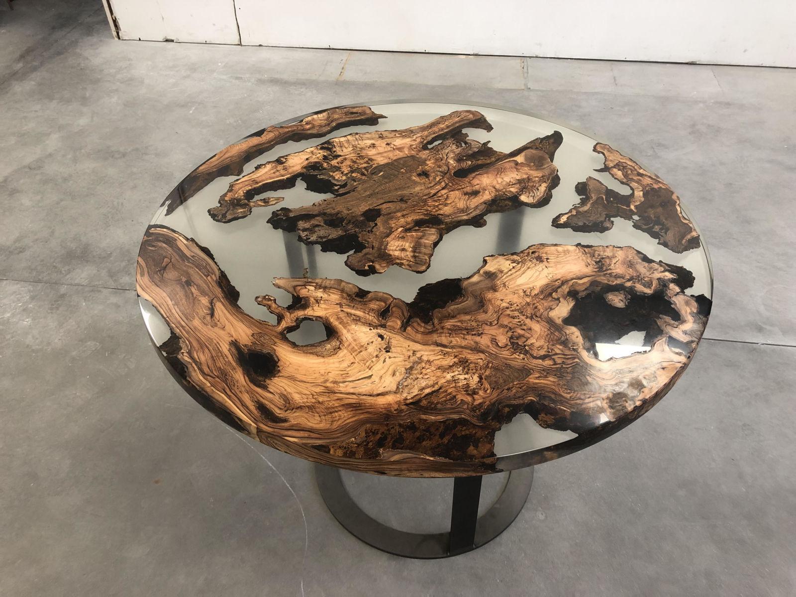 Tavolo Legno E Resina Prezzo redone - alchimia e istinto. l'arte di unire legno e resina